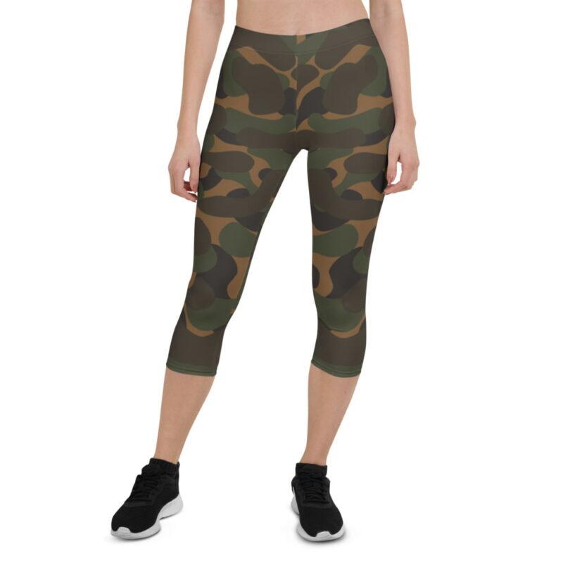 Dark Camouflage Capri Leggings 1